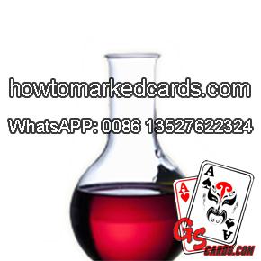 Leuchtend unsichtbare Tinte zu markieren Poker Karten spielen